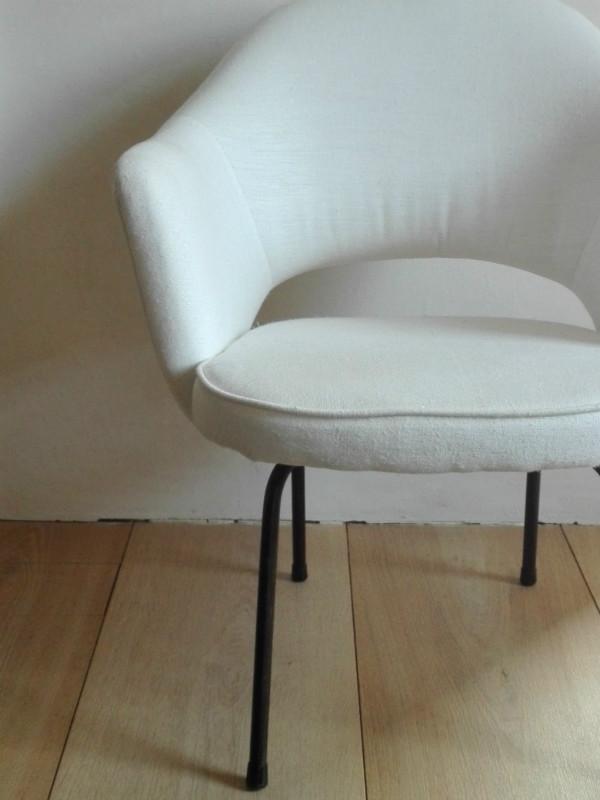 Executive Armchair By Eero Saarinen For Knoll Seating