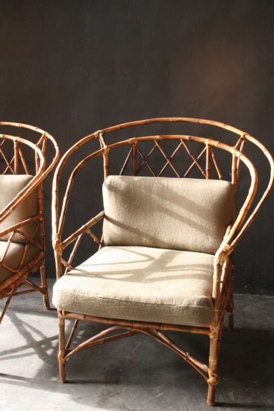 Etonnant Pair Of Chinese Revival Bamboo Armchairs