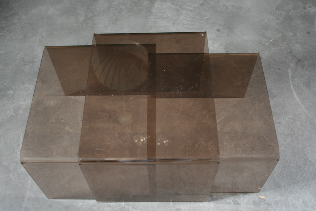 Plexi glass table gigogne  Vintage  Authentic and so -> Table Gigogne