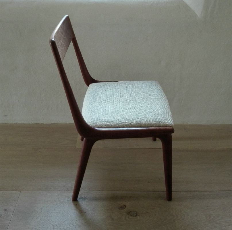 Unusual set of 12 danish boomerang dining chairs by Christensen : unusual chairs - Cheerinfomania.Com