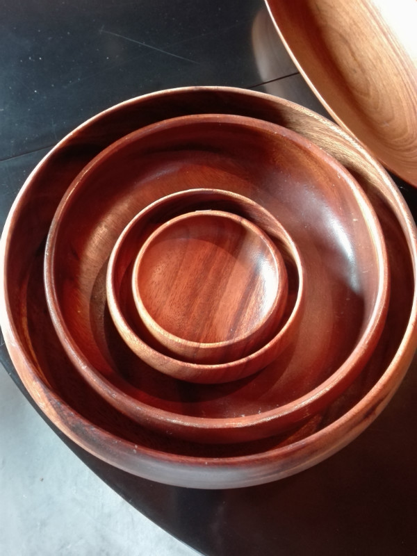 Various wooden plates and bowls & Various wooden plates and bowls - Vintage - Authentic and so